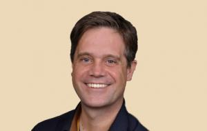 Dr. Niels Dreyer
